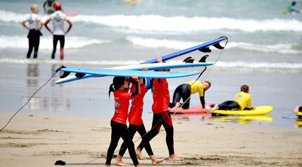 curso de surf niños en islas canarias