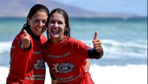 estudiantes de surf en islas canarias