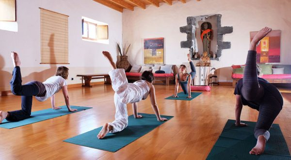 surf camp y yoga