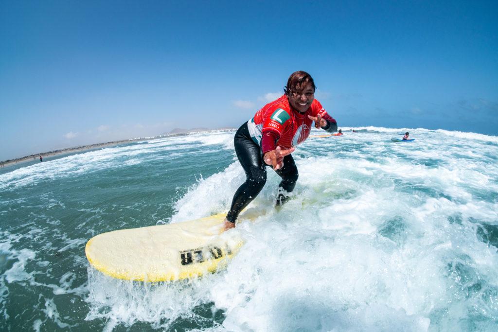 Surfear en Lanzarote